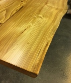 live edge table top - detail